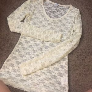 Lacey top